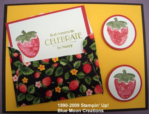 Strawberry scallop envelope card 003