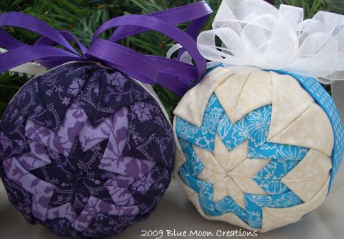 Fabric ornaments 049