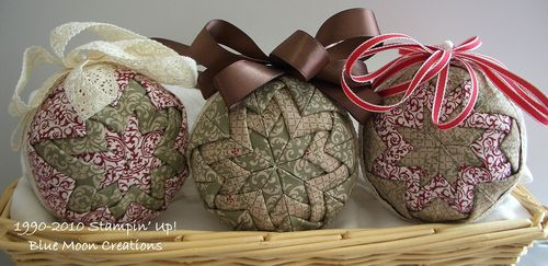 Fabric ornaments 086
