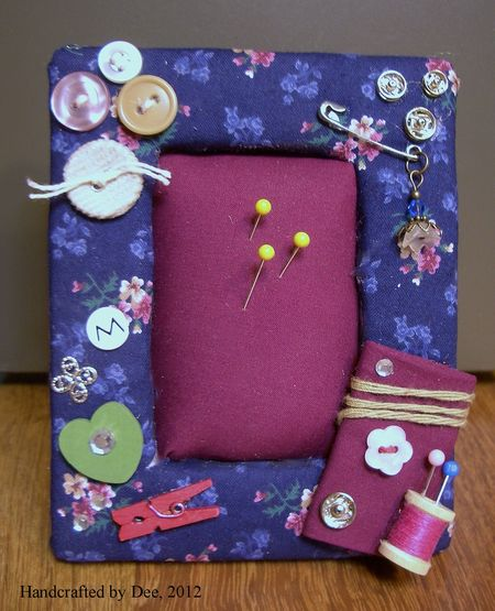 Photo frame pincushions 015