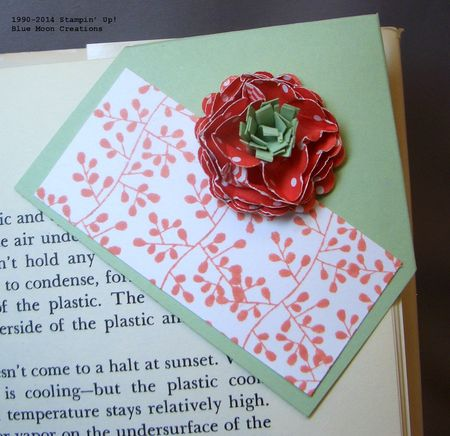 Scrunchy flowers stamping with blue moon creations corner bookmark 010 mightylinksfo