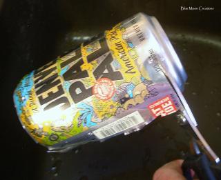 Aluminum cans 062