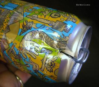 Aluminum cans 048