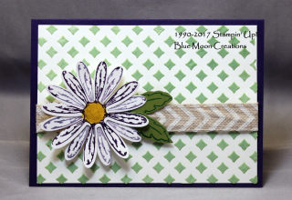 Embossing Paste Daisy Delight
