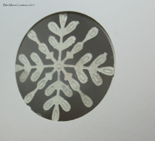 Glimmer swirly snowflake back side